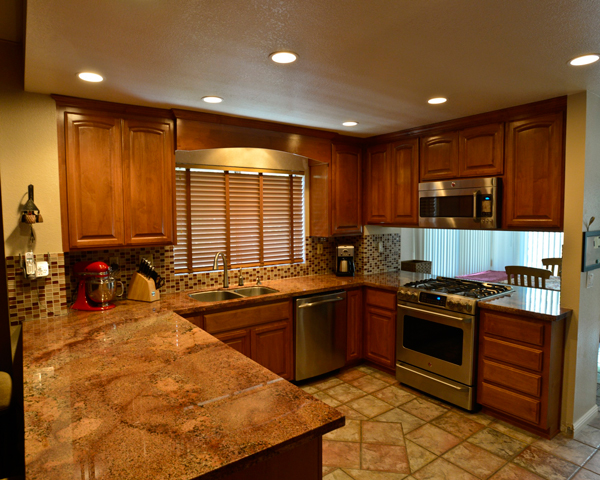 CUSTOM KITCHEN | Sacramento Cabinet, Inc.